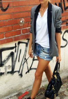another way to wear denim cutoffs | with boyfriend blazer and pushed up sleeves