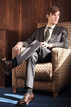 Paul Smith COLLECTION - Paul Smith Collections Boy Fashion, Mens Fashion, Fashion Looks, Fashion Design, Photography Poses, Fashion Photography, The Secret History, Male Poses, Character Outfits