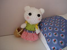 Ravelry: Amigurumi Snow-white bear pattern by Sofie H