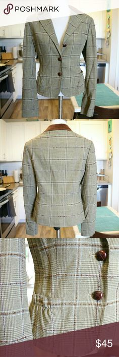 Vintage Style Tweed Wool Blazer This amazing vintage style green and brown tweed blazer is a classic. It features brown wooden style buttons, velvet collar and scrunch pockets. Material: 61%Rayon 34%Wool 1%Polyester 1%Spandex Halogen Jackets & Coats Blazers