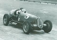 Tazio Nuvolari, Scuderia Ferrari Alfa Romeo 12C-36, 1937 Vanderbilt Cup Race