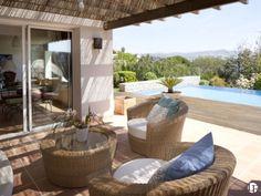 Preciosa casa de estilo ibicenco con vistas al mar en Can Girona | Piscina infinita, jardín y terraza