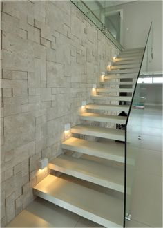 . Home Stairs Design, Railing Design, Interior Stairs, House Design, Railing Ideas, Modern Stair Railing, Modern Stairs, Glass Stairs, Floating Stairs