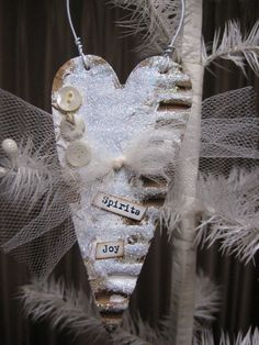 love this primitive heart ornament made with Xyron!