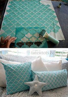 Stenciled pillows tutorial