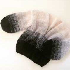 Big Cardigan à la Maiami mit Farbverlaufstreifen - Teil 1 Free Baby Blanket Patterns, Knitting Patterns Free, Knit Patterns, Baby Knitting, Knitting Ideas, Knitted Baby Blankets, Knitted Hats, Big Cardigan, Big Sweater