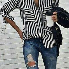 #jeansrotti #si #camiciarighe #si #orariocontinuato #si #spazioliberobestlowcostdowntown #viarodi1 #alodonnealo