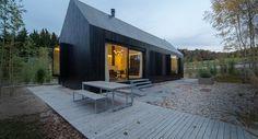 Poczerniane domki nowym trendem na niemieckich wsiach
