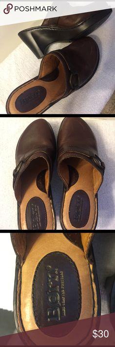 Born Clogs Size 7 Like New $30 Born Briwn Leather Clogs Like New 💖Size 7 $30 Born Shoes Mules & Clogs