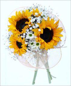 ramo de novia con girasoles - Buscar con Google Floral Arrangements, Bouquets, Dandelion, Google, Flowers, Plants, Brides, Bridal Gowns, Wedding Inspiration