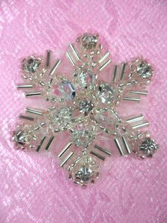 "XR284 Sequin Rhinestone Applique Crystal Silver Snowflake 1.5"" (XR284-slcr) #Unbranded"