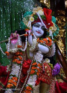Radha Krishna Images, Lord Krishna Images, Hare Krishna, Temple, God, Dios, Radha Krishna Pictures, Temples, Allah