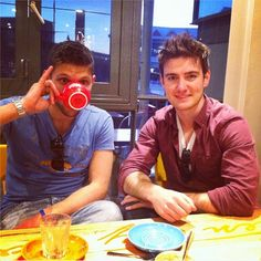 Colm Keegan and Emmet Cahill Emmett Cahill, Celtic Music, Celtic Thunder, Music People, Beautiful Voice, Cool Eyes, Cool Bands, Music Artists, Good Music
