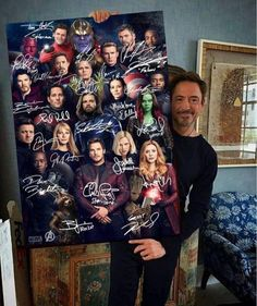 Im sorry but why is starlord front and center? Avengers Endgame Marvel Comics Superheroes Signatures Portrait Poster No Frame Marvel Dc, Captain Marvel, Marvel Comics Superheroes, Marvel Actors, Marvel Heroes, Marvel Movies In Order, Thanos Marvel, Funny Marvel Memes, Marvel Jokes