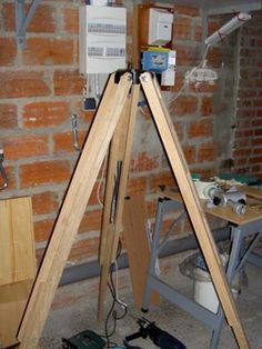 Making a Sturdy Wood Tripod - How to . . . - Articles - Articles - Cloudy Nights