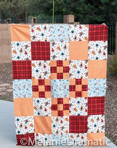 Build with Blocks Free Quilt Pattern - Quilting and Sewing - Melanie Dramatic