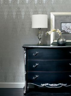 Artistic Harlequin in pewter and gray.  Width: 27 in  Repeat: 25.25 in.  Length: 13.5 ft (SINGLE ROLL)  unpasted, washable, strippable  sleek gray background with metallic inks creates a unique harlequin design $63.95 per single roll