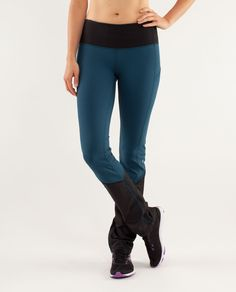 WOW! These pants are awesome. :D  The rainy weather is no  excuse to stay indoors.