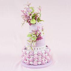 Mariposa Lily Cake Spray