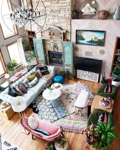 Bohemian Home Decor and Interior Design Ideas: Bohemian interior designs and home decor ideas are all interesting and a trending mode to change the simple beauty of the dreamland into the most exciting one. Eclectic Living Room, Boho Living Room, Bohemian Living, Eclectic Decor, Living Room Decor, Living Rooms, Kitchen Living, Bohemian Bedroom Decor, Bohemian Style Home