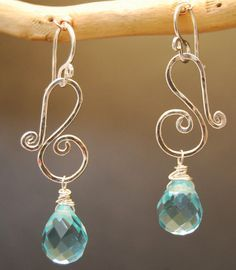 Wire Jewelry Victorian 228 -choice of stone. Love the spirals on these earrings! - Squiggle shapes with your choice of stone (aquamarine Wire Wrapped Earrings, Wire Earrings, Earrings Handmade, Handmade Jewelry, Silver Earrings, Simple Earrings, Stone Earrings, Diy Schmuck, Schmuck Design