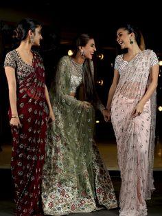 Burgundy saree nd blouse Trendy Sarees, Fancy Sarees, Party Wear Sarees, Indian Designer Sarees, Indian Designer Wear, Indian Sarees, Pakistani Dresses, Indian Dresses, Indian Outfits
