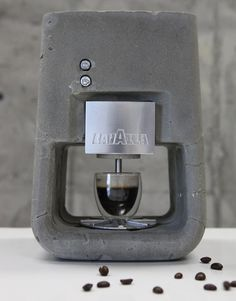 The Espresso Solo from Lavazza. The only coffee machine that we've seen that's made of concrete rather than metal. Lavazza Coffee Machine, Coffe Machine, Cappuccino Machine, Cappuccino Coffee, Espresso Machine, Coffee Shop, Coffee Lovers, Coffee Geek, Coffee Coffee