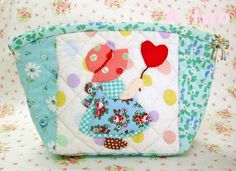 Very cute zippered pouch