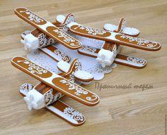 1 600руб--Кулинарные сувениры ручной работы. Ярмарка Мастеров - ручная работа. Купить Пряничный самолёт Ан-2. Handmade. Пряничный самолет