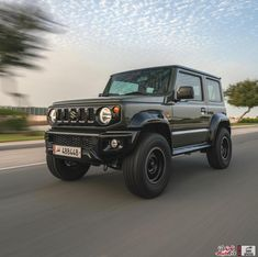 Best Large Suv, Best 4x4 Cars, New Suzuki Jimny, Jimny 4x4, Suzuki Cars, Offroader, Dream Book, Land Rover Defender, Cars And Motorcycles