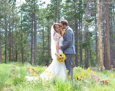 www.sarahlindsayphotography.com Instagram: @sarahlindsayphotographer Facebook: Facebook.com/sarahlindsayweddingphotography Email: sarahlindsayphotographer@gmail.com