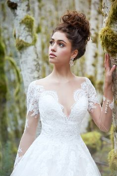 Breathtaking looks from the Allure Bridal Collection! Browse more here: http://www.stylemepretty.com/lookbook/designer/allure/ #sponsored