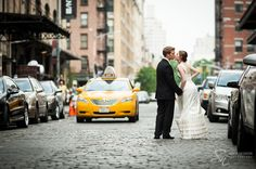 New York wedding photographer Sofia Negron Park Restaurant Meatpacking New York City New York white flowers, highline, peach