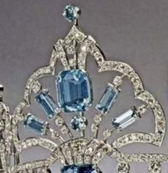 Close up of the Brazilian Parure tiara, owned by Queen Elizabeth.