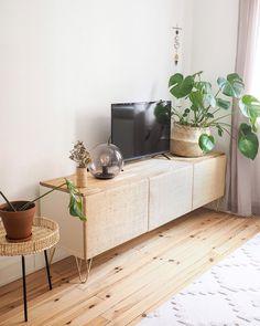 Diy Furniture Renovation, Ikea Furniture, Ikea Hack Besta, Ideas Decoracion Salon, Ikea Units, Ikea Built In, Ikea Living Room, Deco Boheme, Home And Living