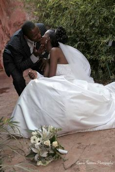 Photographer: Lauren Sammon (LNSammon@gmail.com)  Wedding Location: Namulanda, Uganda