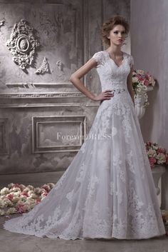 Luxurious-V-neckline-and-short-sleeve-lace-wedding-dress-with-court-train-ALWDG0007.jpg (1334×2000)