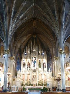File:Sweetest Heart of Mary Catholic Church (Detroit, MI) - sanctuary. Old Catholic Church, Roman Catholic, Catholic Churches, Church Architecture, Religious Architecture, Detroit Houses, Detroit History, Cathedral Church, Place Of Worship