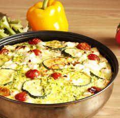 Auflauf mit Hähnchen, Feta, Paprika, Tomaten und Zucchini Tags: