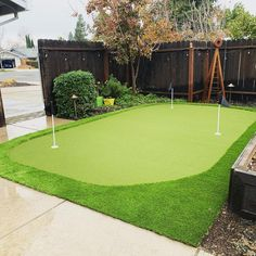 How would you like to wake up and walk outside to this putting green in your backyard? 👏 Golf Mats, Site Design, Design Consultant, Grass, Paradise, Backyard, Homes, Ideas, Patio