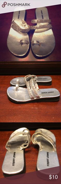 Sandals Street Scene Size 9 Toe Silver studded Sandal gently used very comfortable easy wear off and on Sandal Shoes Sandals