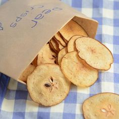 Pear crisps - A delicious, fruity alternative to crisps for your little ones to enjoy. Really easy to make and no nasty added extras.
