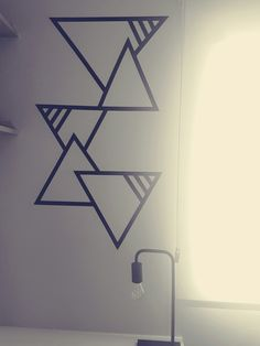 Home Decoration Ideas For Party Fita isolante.Home Decoration Ideas For Party Fita isolante Diy Wand, Tape Art, Diy Wall Painting, Diy Wall Art, Deco Tape, Geometric Wall Paint, Geometric Decor, Diy Wall Decor For Bedroom, Diy Bedroom