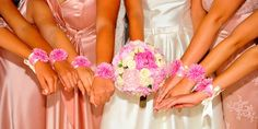Ramo de novia y brazaletes para damas de honor / Bridal bouquet and corsages for bridesmaids