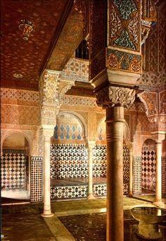 La Alhambra: Granada (Spain) Moorish palace built during and century. Islamic Architecture, Beautiful Architecture, Beautiful Buildings, Art And Architecture, Architecture Events, Beautiful Places, Alhambra Spain, Granada Spain, Le Palais