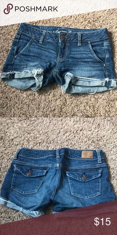 Shop Women's American Eagle Outfitters Blue size 0 Jean Shorts at a discounted price at Poshmark. American Eagle Shorts, American Eagle Outfitters Shorts, Fashion Design, Fashion Tips, Fashion Trends, Jean Shorts, Jeans, Outfits, Collection