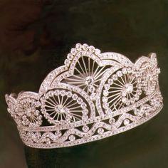Gaspari Diamond and Gold tiara.