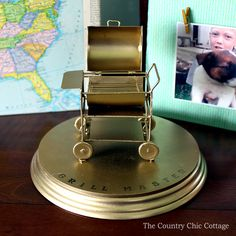 Make this Father's Day gift in minutes! A DIY grill trophy is a perfect gift for Dad! Perfect Gift For Dad, Gifts For Dad, Fathers Day Gifts, Diy Grill, Country Chic Cottage, Church Events, Grilling Gifts, Glue Crafts, Diy Room Decor