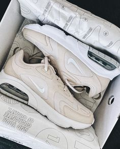 Cute neutral Nike sneakers #shoeinspo #activewear