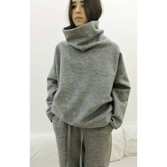Sport Outfits, Cool Outfits, Unisex Looks, Modest Fashion, Fashion Outfits, Pullover Shirt, Sport Fashion, Womens Fashion, Loungewear Set